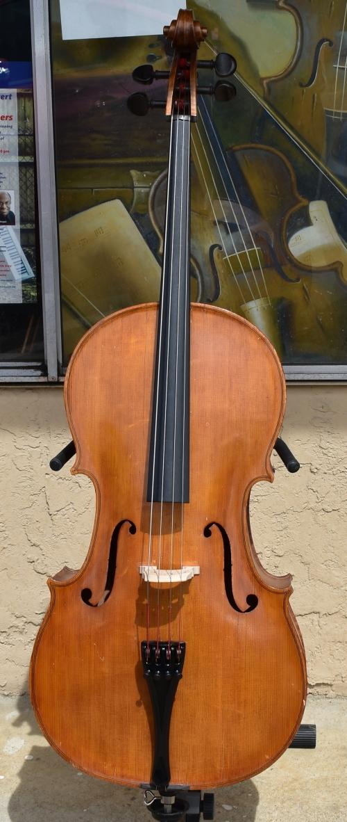 1928 G.A. Pfretzschner Stradivarius 3/4 cello